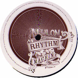 Nylon Pylon - Pushin